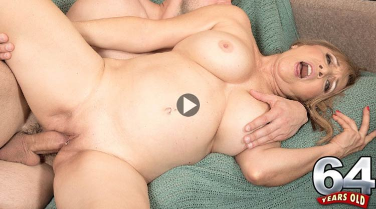 My favorite pay sex site full of hot grannies